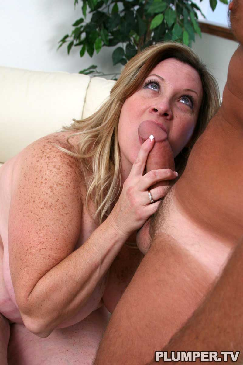 Miss cougar milf have faced